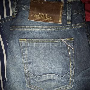 Cult of individuality size 32/34